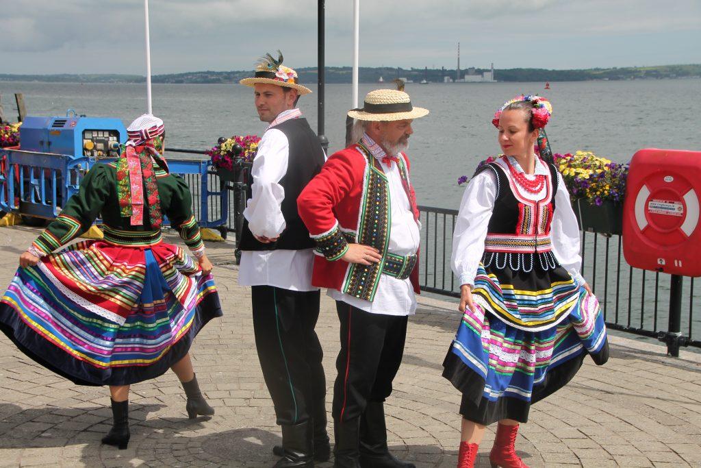 Kujawiak Inisowiacy Polish Folk Dance