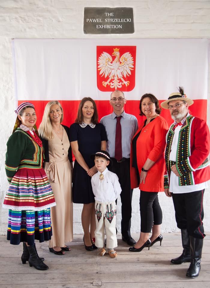 Paweł Strzelecki exhibition by mia cortez